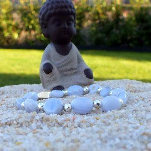 Bracelet calcédoine perles argentées mineraux et cristaux