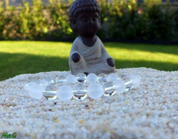 Bracelet cristal de roche mat mineraux et cristaux