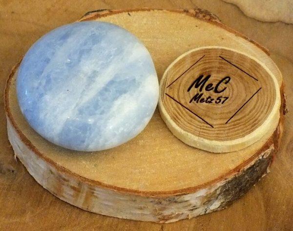 Calcite bleue galet 3 mineraux et cristaux