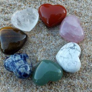 Coeur en pierre naturelle petit mineraux et cristaux