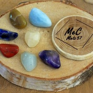 Pochette 7 chakras mineraux et cristaux