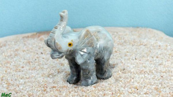 Eléphant stéatite moyen 1 mineraux et cristaux