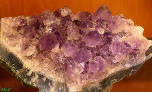 Druse améthyste 1 minéraux et cristaux