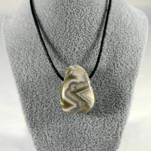 Collier agate Minéraux et Cristaux