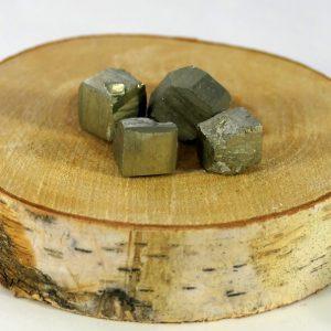 Pyrite pierre roulée Minéraux et Cristaux